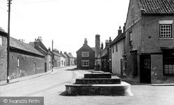 The Cross c.1955, North Frodingham