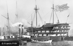 North Shields, The T.S.Wellesley On Fire 1914