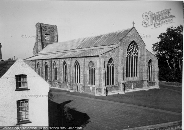 Photo of North Walsham, the Church c1955, ref. n42029