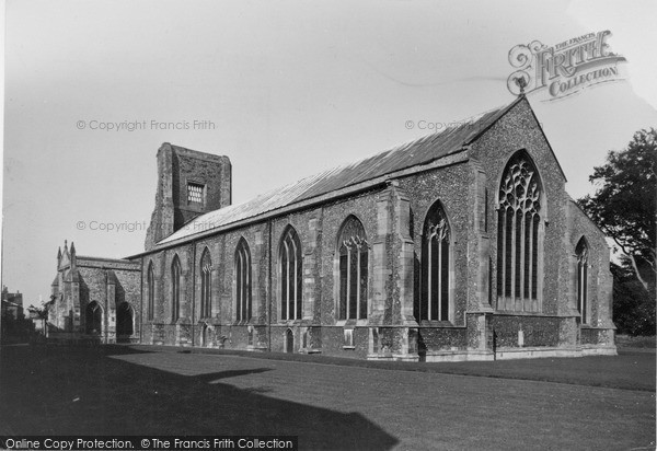 Photo of North Walsham, the Church c1955, ref. n42030