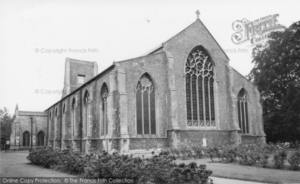Photo of North Walsham, the Parish Church c1955, ref. n42046