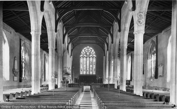 Photo of North Walsham, the Church interior 1921, ref. 70942a