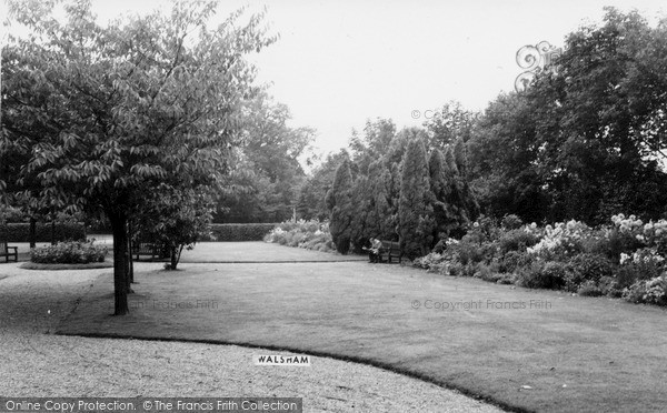 Photo of North Walsham, the Park c1955, ref. n42052