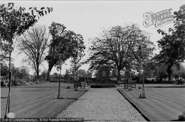 Photo of North Walsham, War Memorial Park c.1955