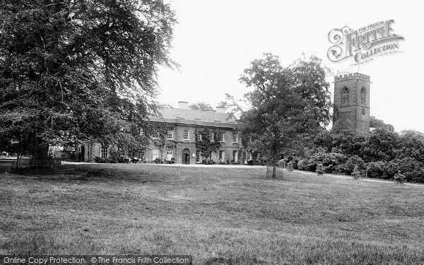 Northampton, Abington Church And Manor House 1922