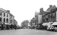 Northampton, Abington Square c.1955