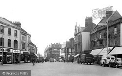 Northampton, Abington Square c.1955