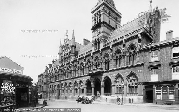 Northampton, Guildhall 1922.  (Neg. 72181)  � Copyright The Francis Frith Collection 2008. http://www.francisfrith.com