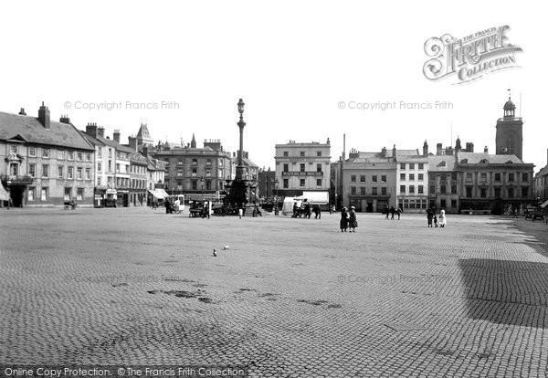 Photo of Northampton, Market Square 1922
