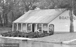Northampton, The Boathouse, Victoria Park c.1955