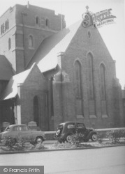 Northampton, The Catholic Cathedral c.1960