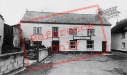 The Green Dragon Inn c.1960, Northlew