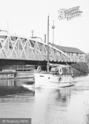 Northwich, A Boat Passing The Town Bridge c.1960
