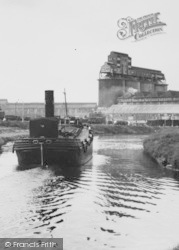 Northwich, A Steam Boat On The River c.1955