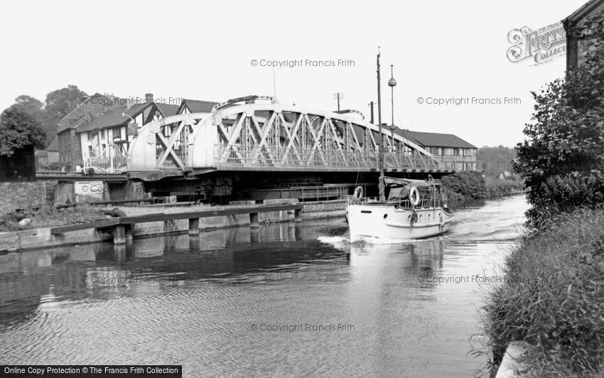 Northwich, Town Bridge c1960