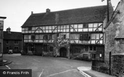 Norton St Philip, The George Inn 1951