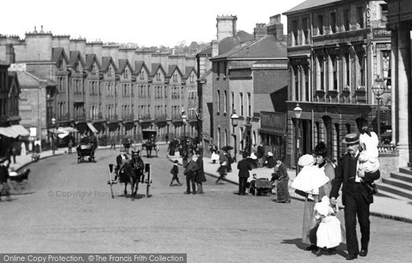 Norwich, A Family, Prince Of Wales Road 1896