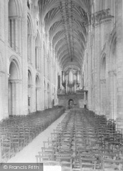 Norwich, Cathedral, Nave East 1919