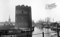 Norwich, Old Cow Tower And The River Wensum 1891