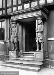 Norwich, Samson And Hercules House, Tombland 1929