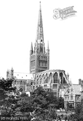 Norwich, The Cathedral 1932
