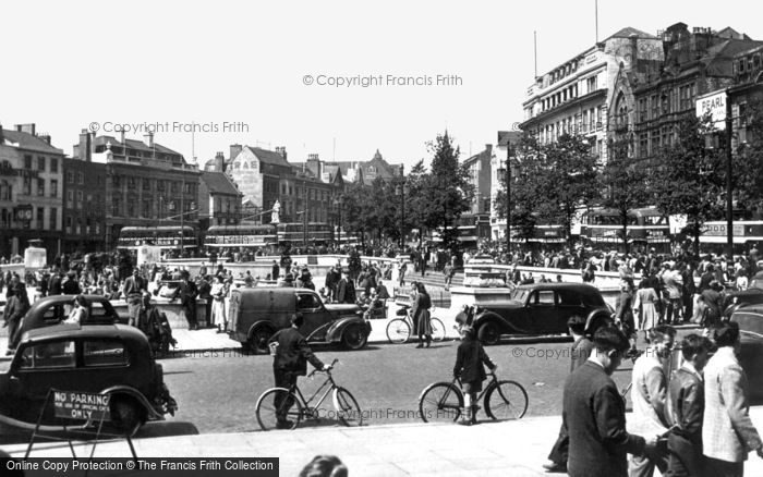 Nottingham, Old Market Square c1950
