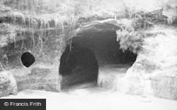 Nottingham, Robin Hood's Caves 1890