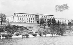 Nottingham, University, Portland Building c.1955