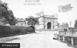 Nottingham, Wollaton Hall Gate 1890