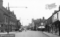 Nuneaton, Queen's Road c.1945