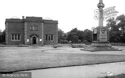Nuneaton, Riversley Park, Art Gallery And Museum c.1945