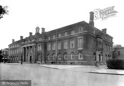 Nuneaton, The Council House c.1945