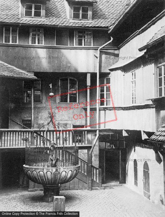 Photo of Nuremburg, Courtyard c.1930