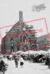 Market And Frauenkirche c.1938, Nuremburg