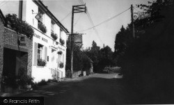 Nutbourne, The Rising Sun Inn c.1965