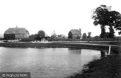 Nutfield, Village And Pond 1912