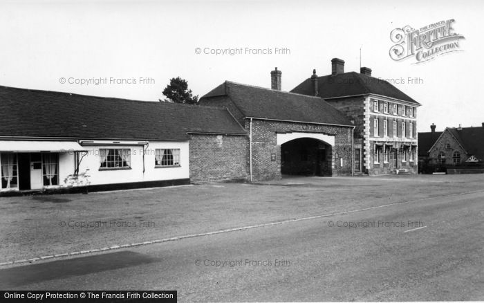 Photo of Nutley, Shelley Arms Hotel c.1960