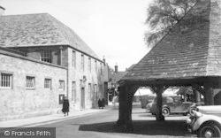 Buttercross c.1955, Oakham