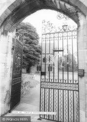 Castle Entrance c.1965, Oakham