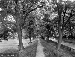 Cutts Close Avenue 1932, Oakham