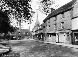 The Buttercross 1927, Oakham