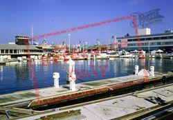 Marina 2002, Oakland
