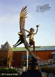 Statue 2002, Oakland