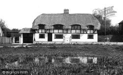 The Pond And Allans Folly c.1955, Oakley