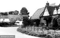 Oakley, The Village c.1960