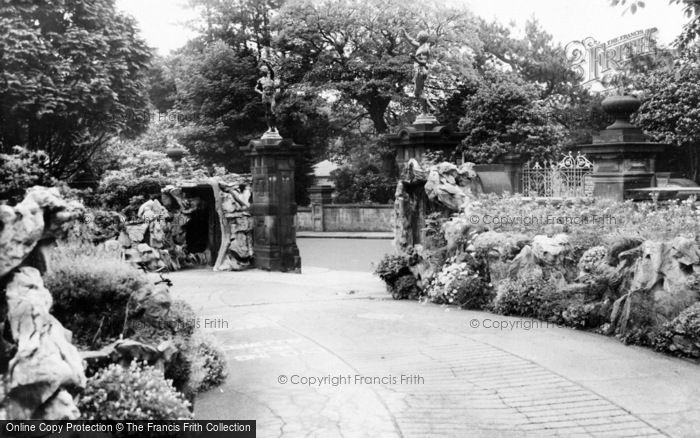 Photo of Oakworth, The Park c.1960