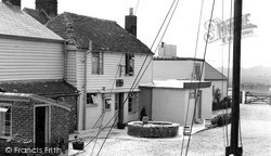 Oare, Shipwrights Arms, Hollow Shore c.1955
