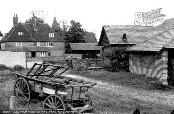 Photo of Oare, The Village c.1955