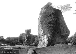 Dunollie Castle And The Dogstone 1901, Oban