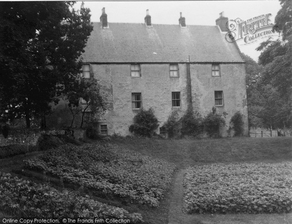 Photo of Ochiltree, Ochiltree Castle 1951, ref. O145001